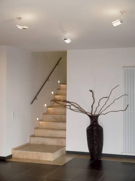 Treppenhausbeleuchtung moderne treppenhausbeleuchtung  Wie eine kluge Beleuchtung Unfällen im Treppenhaus